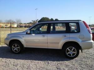 1343392598_418250460_1-2004-Nissan-X-Trail-25-SE-Montana